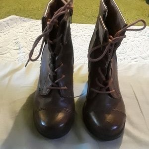 Style&Co brown heeled lace up booties